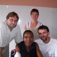 náš tým - anesteziolog Hynek, instrumentářka Marta a plastický chirurg Martin